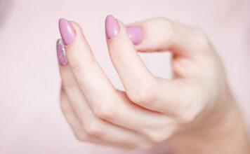 Jak zrobić paznokcie żelowe